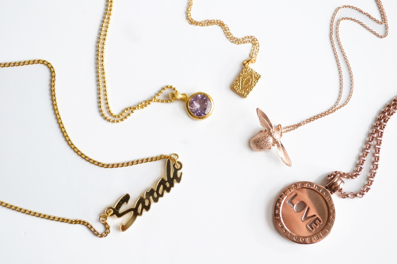 gold necklaces, fashionable gold necklaces