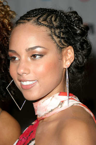 Celebrity Hairstyles And Tattoo Pictures Alicia Keys Afro