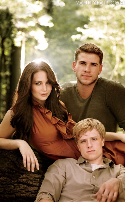 The Hunger Games Cast Photos   delicious to c