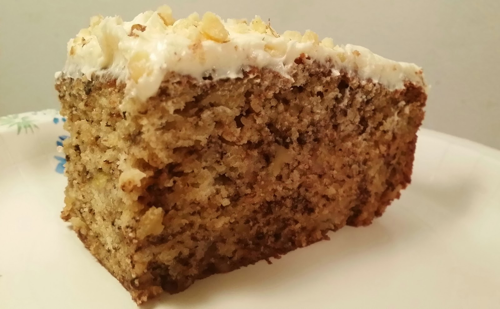 Banana Cake With Vanilla Cream Frosting