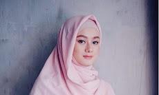 Biodata Dinda Hauw Si Aktris Ibukota Makin Cantik Saat Berhijab