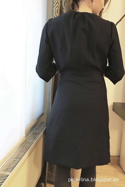 Weihnachtskleid aus der Burda 3/16 von hinten