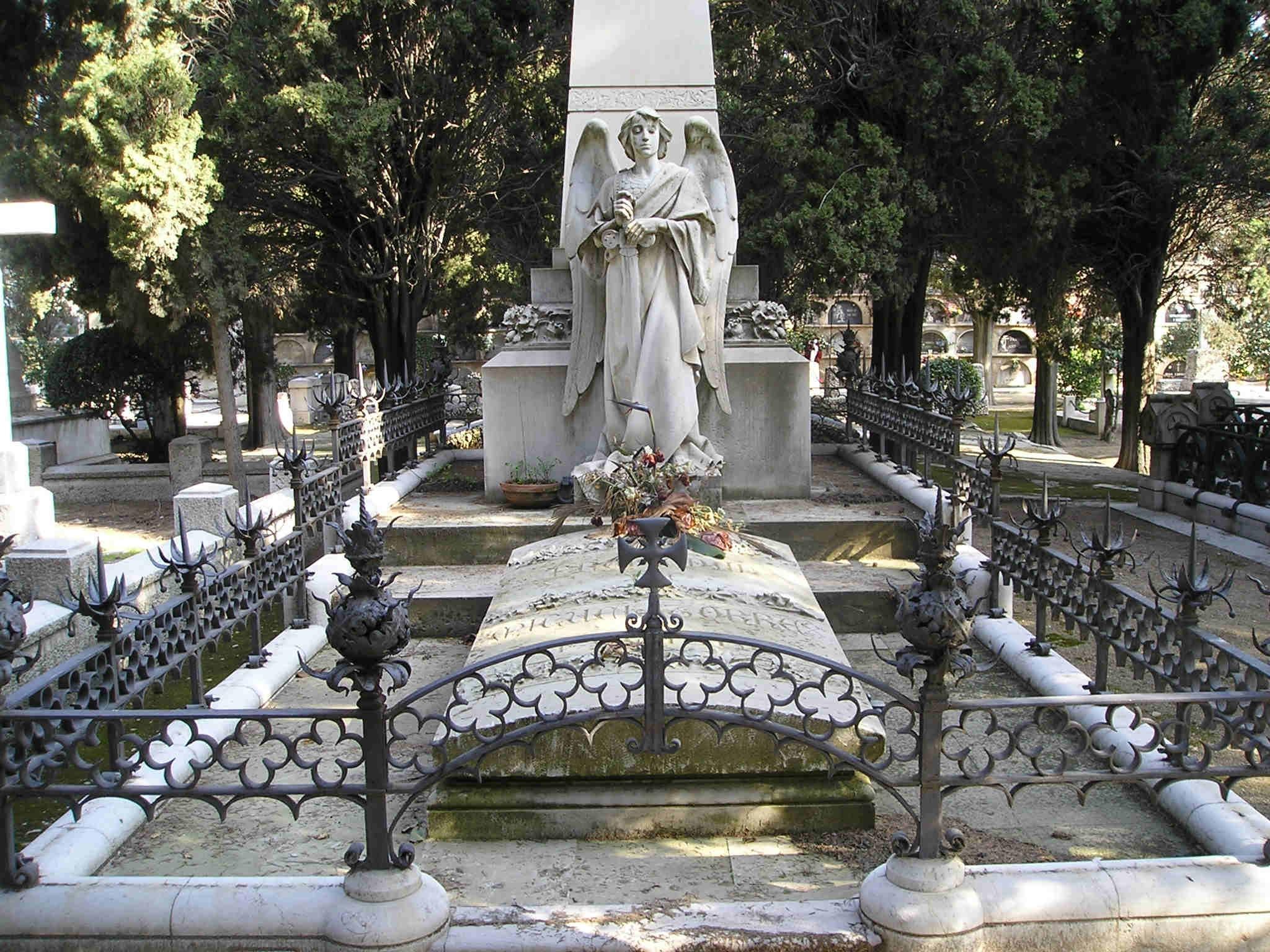 Cemetery Vilafranca del Penedès (Vilafranca del Penedès, Spain)