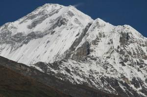 7. Gunung Dhaulagiri (8167m), Nepal