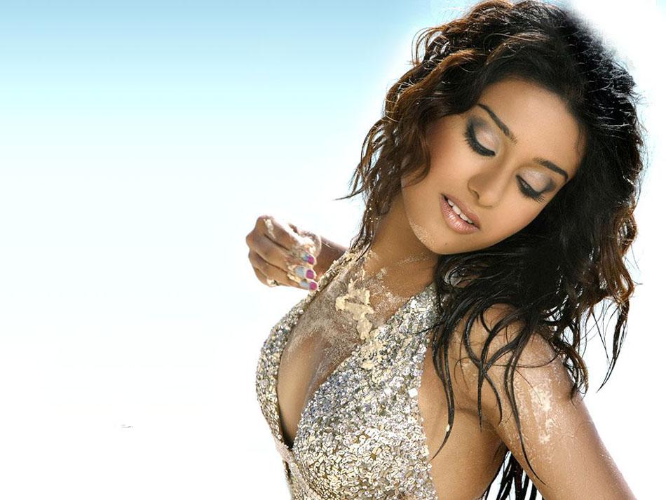 Amritha Rao Sexy Gallary 47