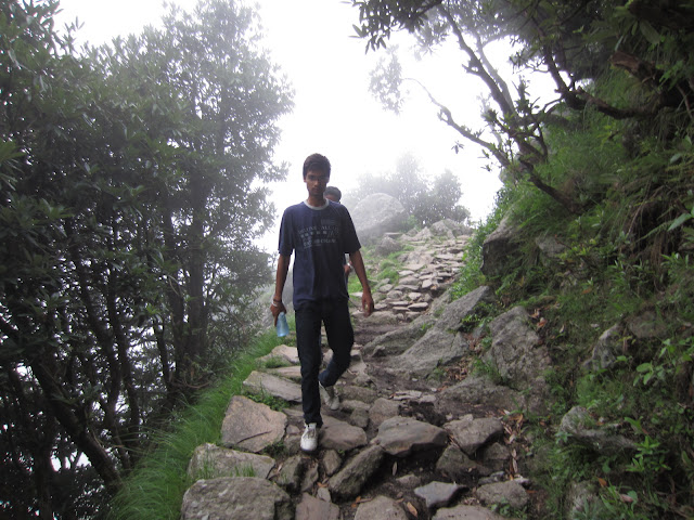 way to triund