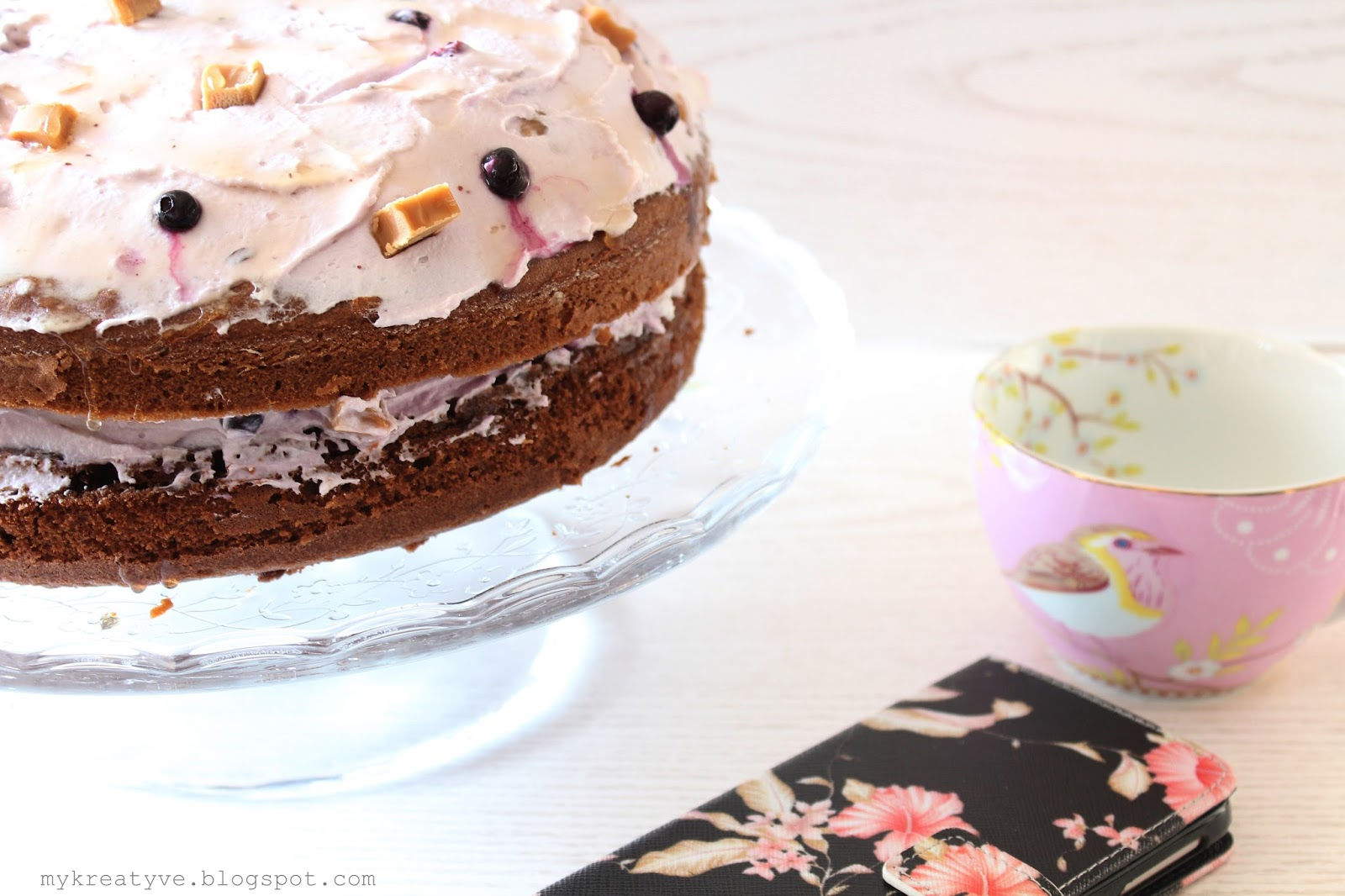 kreatyve meine liebsten rezepte leckere karamell schoko torte. Black Bedroom Furniture Sets. Home Design Ideas