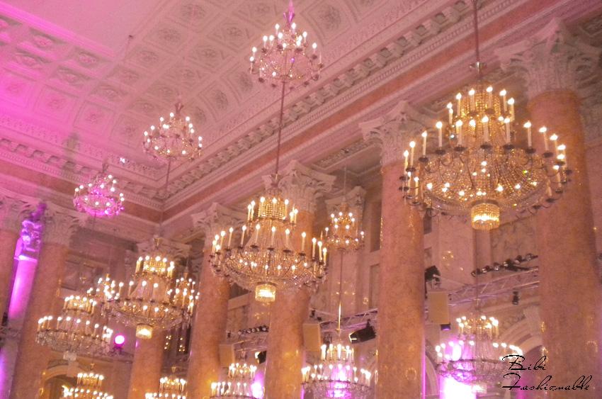 114. ZuckerBäckerBall Ballsaal Decke