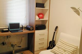 escritorio en dormitorio juvenil