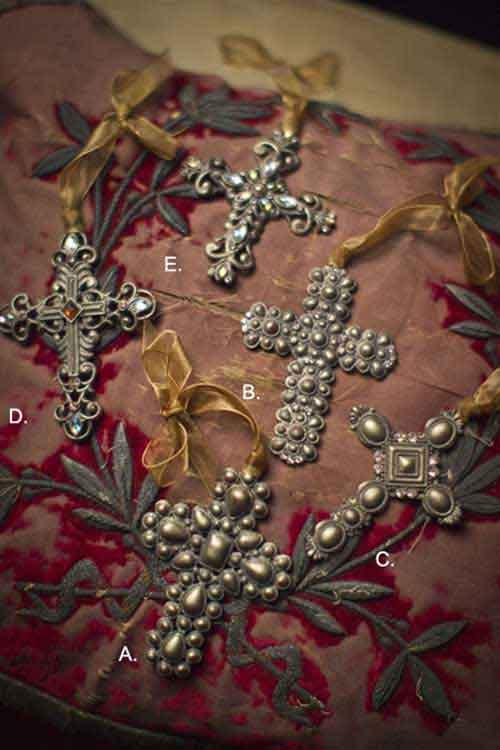 Tabletop Decorative Accessories