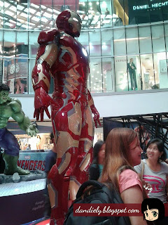 Exhibit | Life-Size Statues of Marvel's Avengers: Age of Ultron at SM City North EDSA - Iron Man