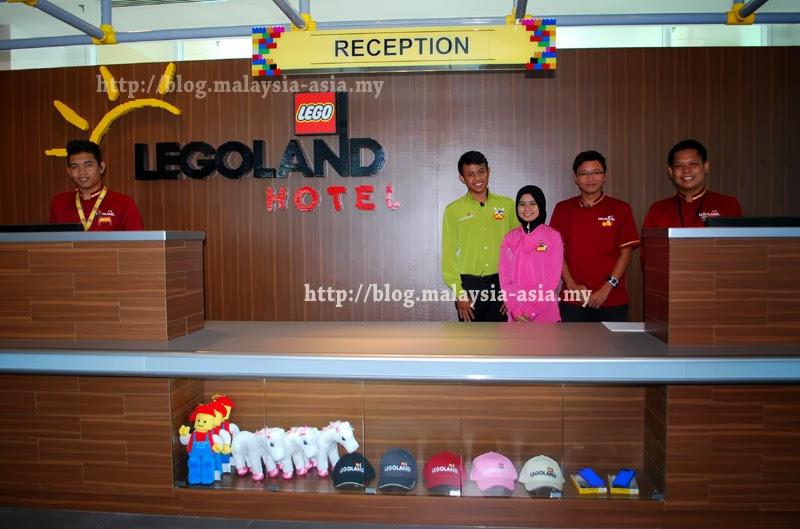 Opening Staff Legoland Hotel Malaysia