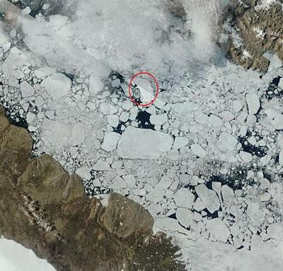 Isla de hielo glaciar Petermann