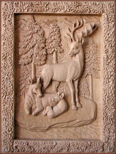 Ciervos (reunión familiar). Talla en madera