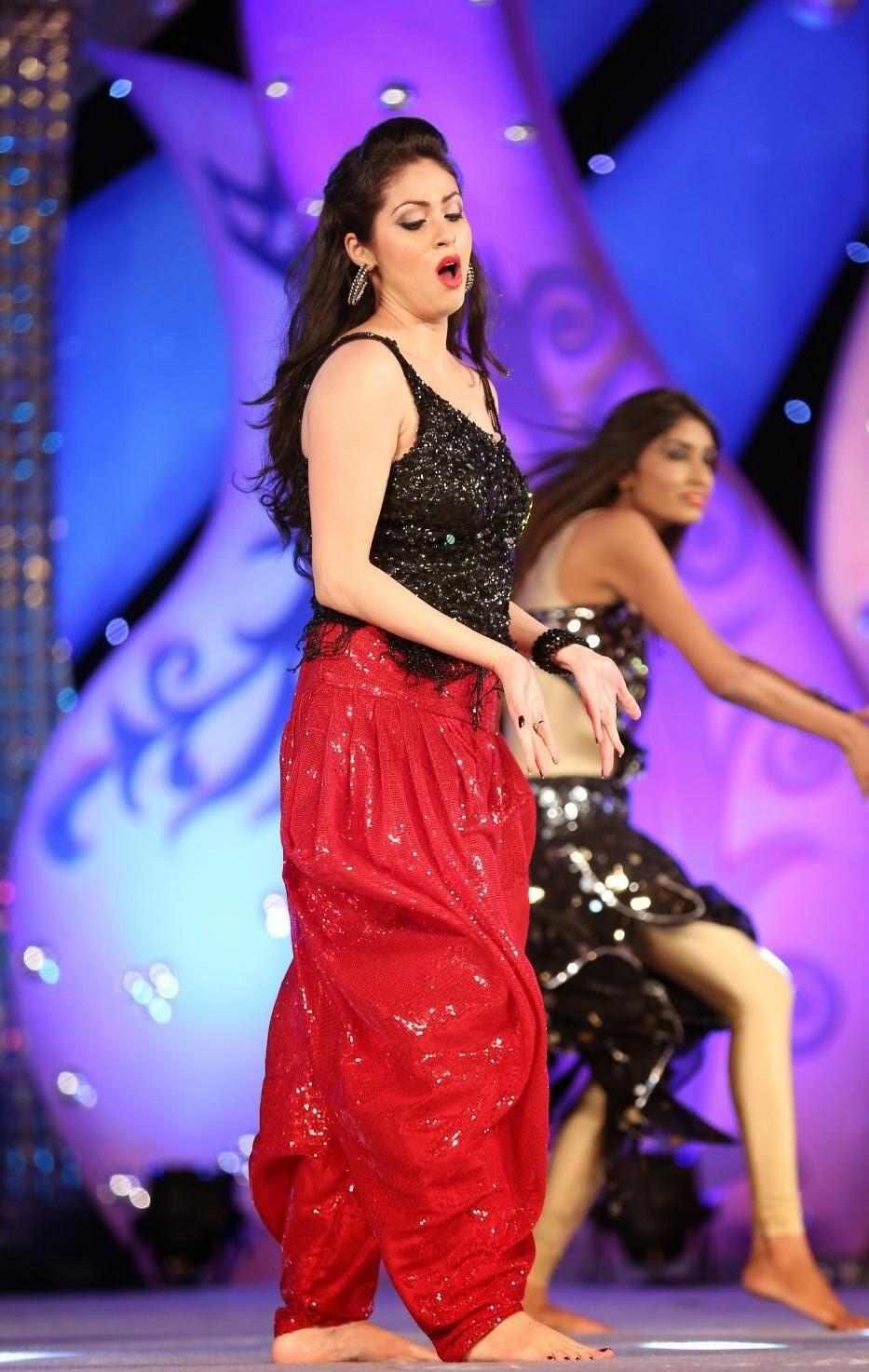 Sada Hot Dance Performance At Gama Awards