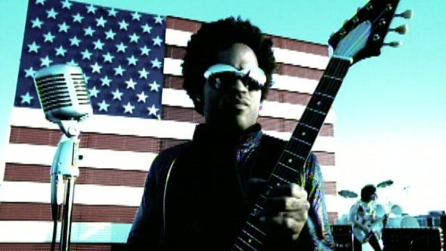 """Video: Lenny Kravitz - """"American Woman"""""""