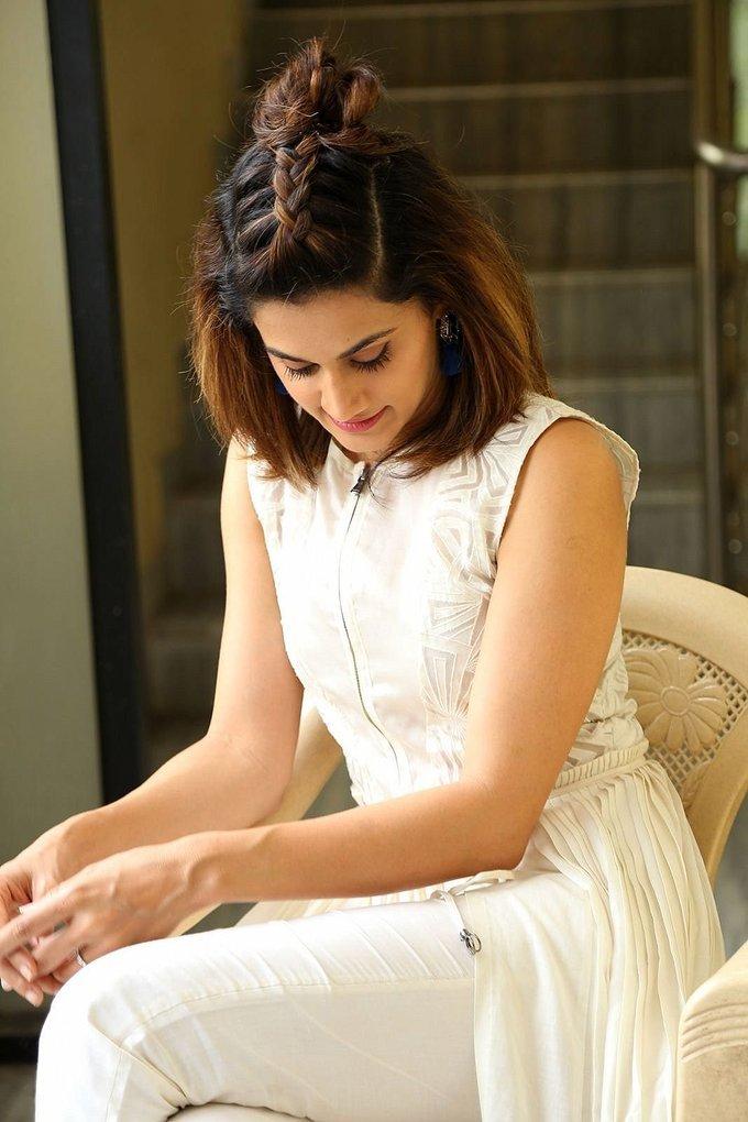 Taapsee At Movie Anando Brahma Interview Stills