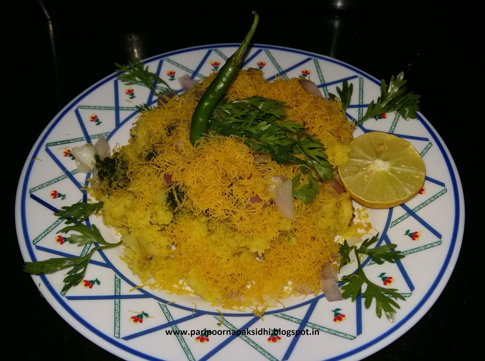 Various Cake Recipes In Marathi: Paripoorna Paksiddhi : SURTI LOCHO / SAVORY STEAMED CAKE