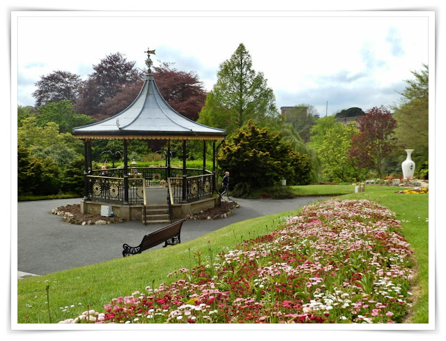 The bandstand in Victoria Park, Cornwall