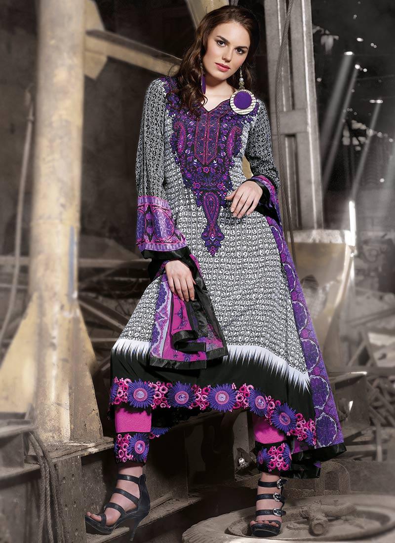 Impressive Printed Cotton Pakistani Suit