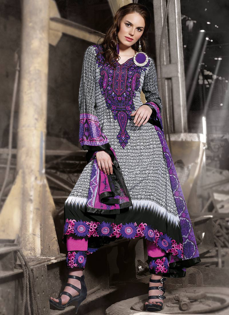 Impressive Printed Cotton Pakistani Suit