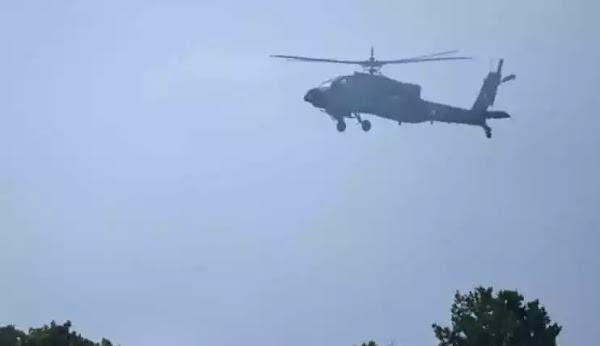 Έβρος: Η στιγμή που τουρκικό ελικόπτερο καταγράφει τη διάταξη των ελληνικών δυνάμεων στα σύνορα! (Βίντεο)