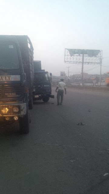 Oh No!!! Bus Crushes 2 Hoodlums to Death in Ogun...How it Happened Will Leave You Speechless (Photo)