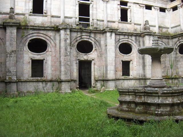Monasterio de Santa María de Monfero