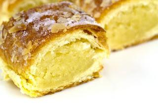 pyragas su marcipanais