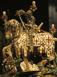 Statuette of St. George slaying a dragon, constructed with more than 2000 precious stones (Photo courtesy of Alvin C.)