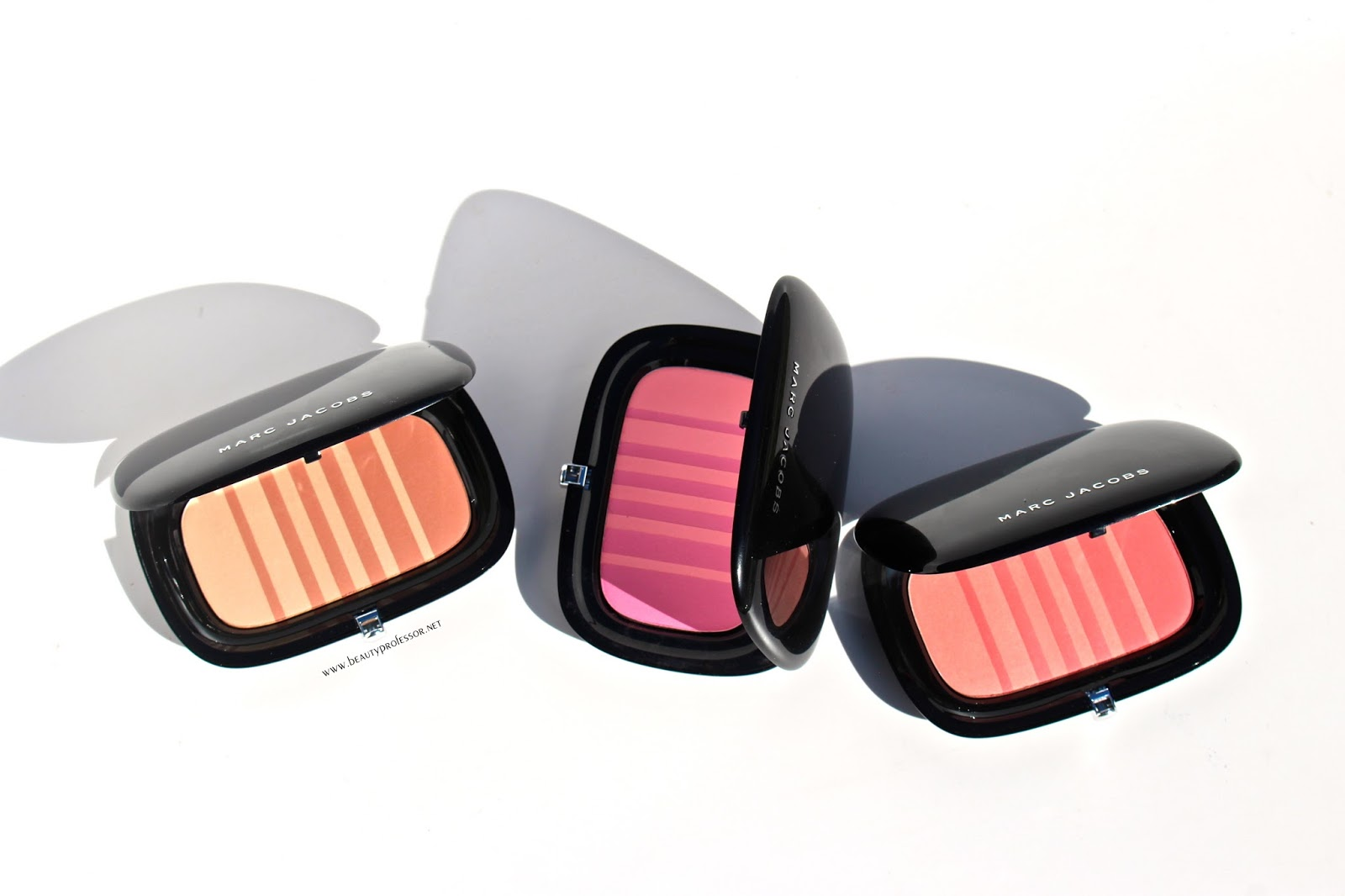dc44cf01ead695 Gossamer Dreams  Introducing the Marc Jacobs Beauty Air Blush Soft Glow Duo