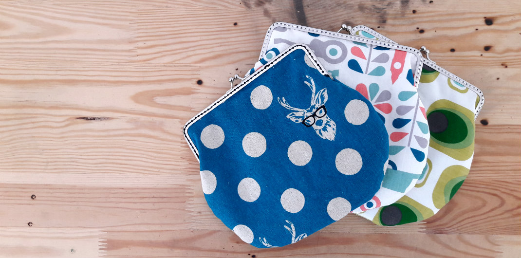 Clasp clutches, retro clasp clutches/ make up bags | by Happy in Red