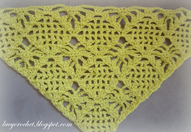 Lacy Crochet: Spider Stitch Triangle for a Shawl, free pattern