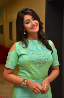 Pooja Jhaveri in Beautiful Green Dress at Kalamandir Foundation 7th anniversary Celebrations ~  Actress Galleries 098.JPG