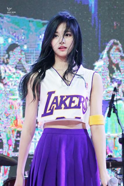 [THEQOO] IZ*ONE Sakura'nın sevdiği kadın idoller