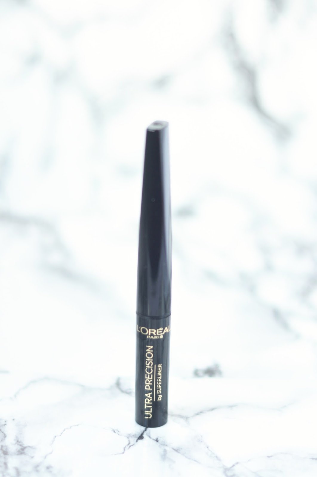 loreal ultra precision eyeliner review juoda plunksna lithuanian beauty blog, lithuanian blogger, lietuvos tinklaraštininkės, lietuvos blogerės, akių pavedimas, geriausi akių pavedimai