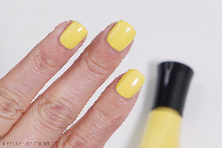 Sally Hansen Expreso-so Yellow