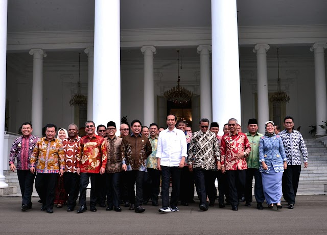 Presiden Ingatkan Bupati Pentingnya Menjaga Perekonomian Daerah