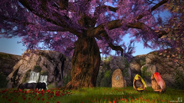 Second life review of a virtual fantasy living space.