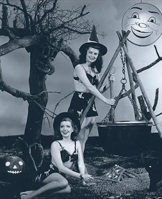Vintage Halloween music, 1920s, 1930s, 1940s