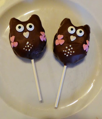 http://sandyskitchendreams1.blogspot.de/p/eulen-cakepops.html