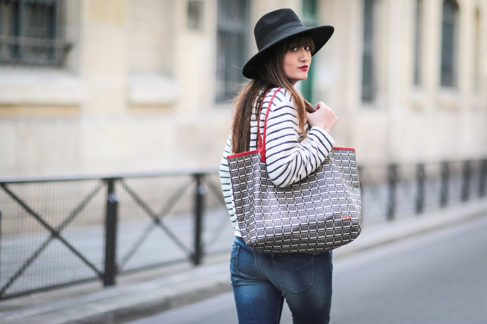 meetmeinparee, blogger, streetstyle, paris style, chic parisian style, jeans look, mode