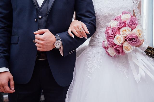 Agar pasangan Tetap Langgeng Sampai Maut Memisahkan, Inilah Beberapa Tips Cara Membangun Komitmen Yang Wajib Anda Ketahui.