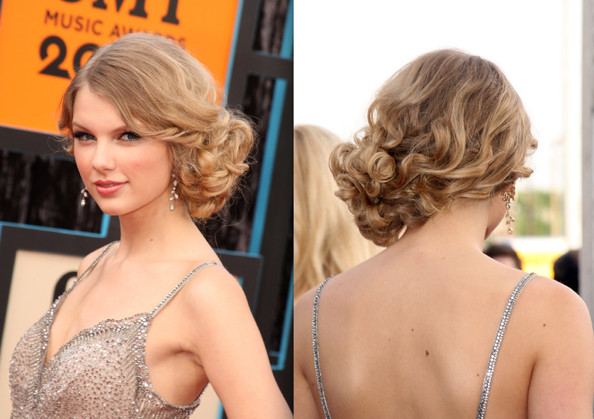 Peachy Taylor Swift Hair Tutorial Curly Side Bun Chignon Updo Hairstyles Short Hairstyles Gunalazisus