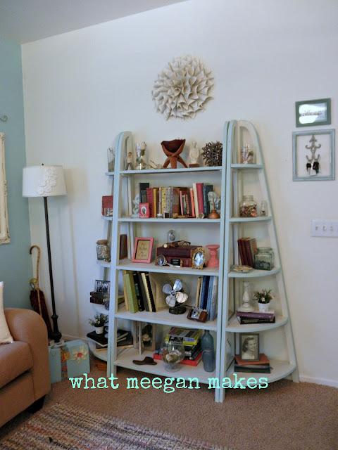 Summer Cottage, Beachy Shelves