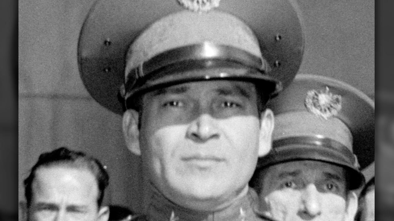 batista fulgencio Fulgencio batista, a former army sergeant, had stepped down from power in cuba in 1944 – a wealthy man he returned to power in a coup d'etat in 1952, his regime quickly recognized by the united states the united states had just signed an agreement with cuba to install an army, navy and air force mission on the.
