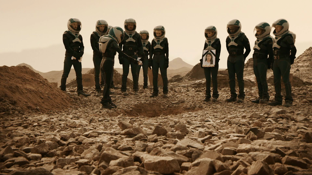National Geographic's MARS - episode 2, season 2 (astronaut funeral)