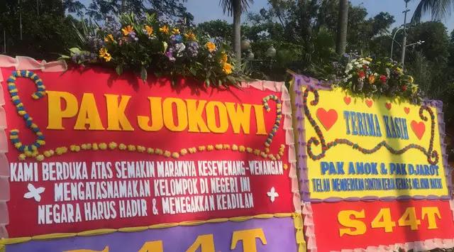 Image result for KARANGAN BUNGA ahok untuk jokowi