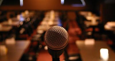 Materi Stand Up Comedy Tentang Sekolah Bikin Sakit Perut