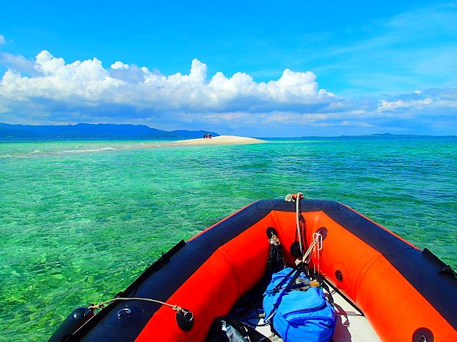 西表ヨットツアー・石垣島旅行で人気の遊び西表おすすめヨットクルーズ&カヌー・ SUP滝巡りツアー・西表島ケンガイドおすすめシャワートレック滝巡りツアーで女子旅行・家族旅行・学生旅行アクティビティ体験、ヨットクルーズ&カヌー・ SUPで秘境パワースポット滝巡り!本物の島旅アウトドア体験を。